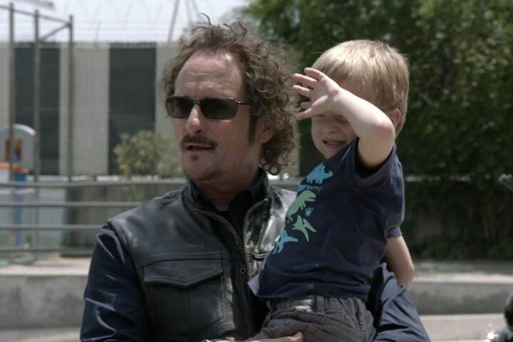 Soa 6 1 Tig And Abel Getting Ready To Visit Uncle Touchy Unser Sons Of Anarchy Sons Of Arnachy Kim Coates