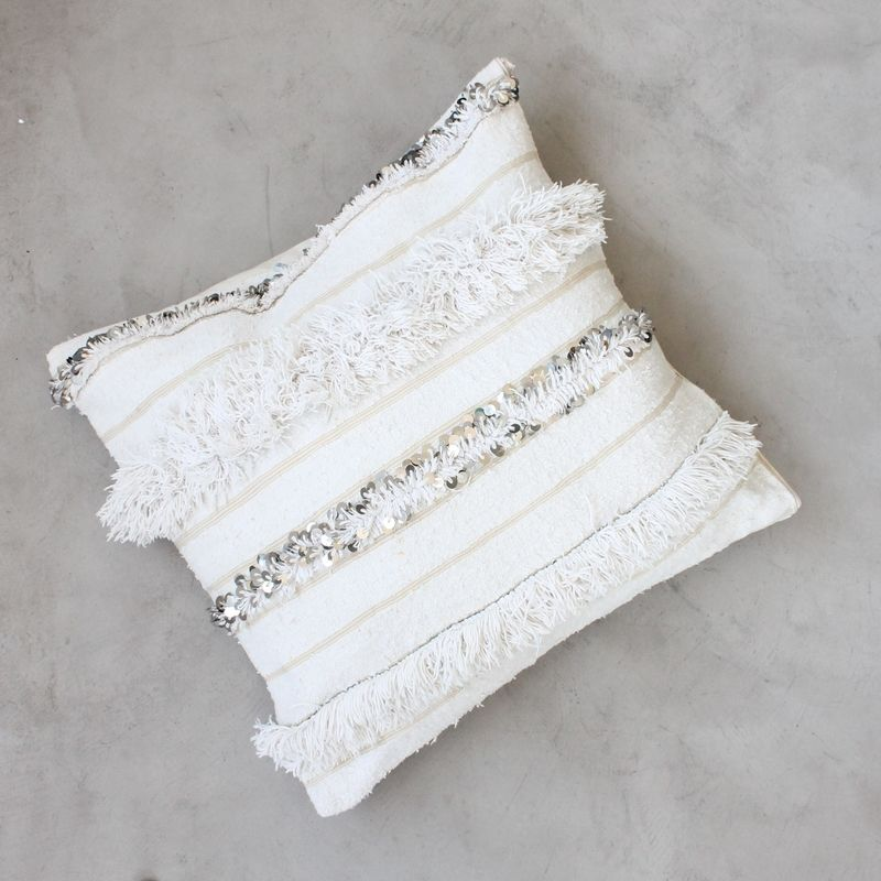 housse de coussin berb re handira traditionnelle a r t i. Black Bedroom Furniture Sets. Home Design Ideas