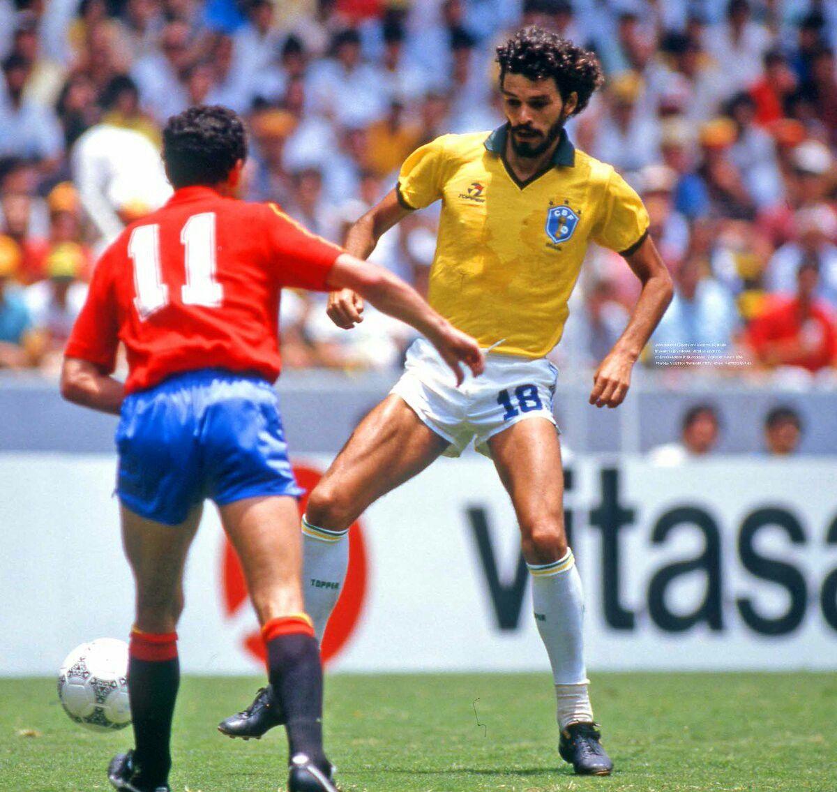 Pin De Dulat Em Pele Brazil Seleção Brasileira Esportes Futebol