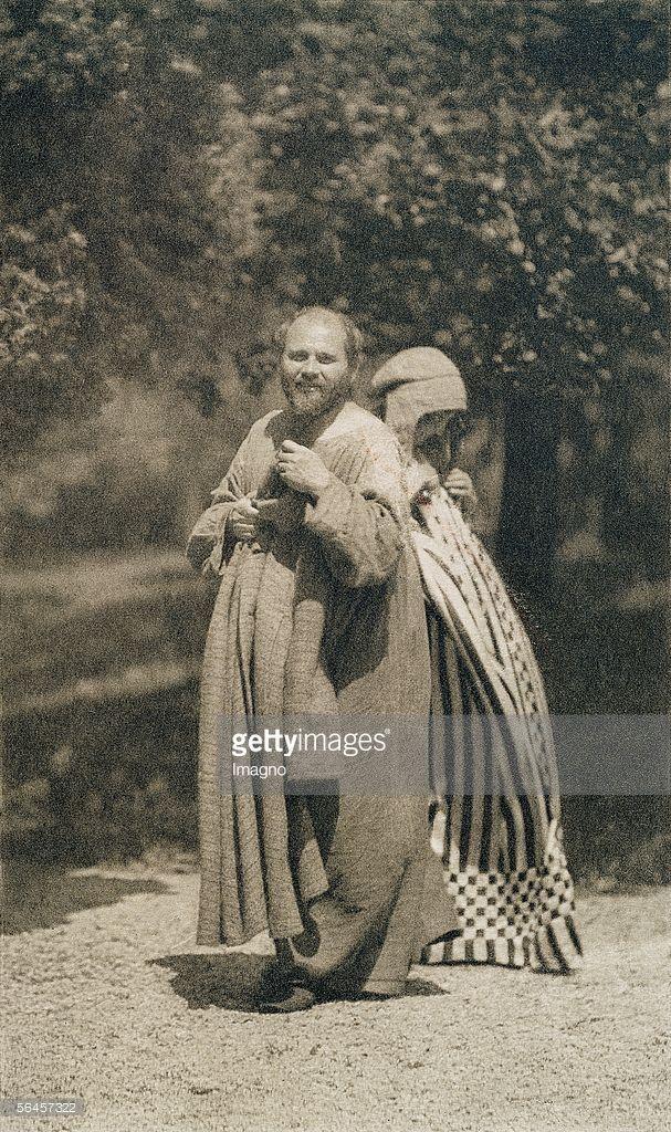 Photos And Premium High Res Pictures Klimt Gustav Klimt Klimt Paintings