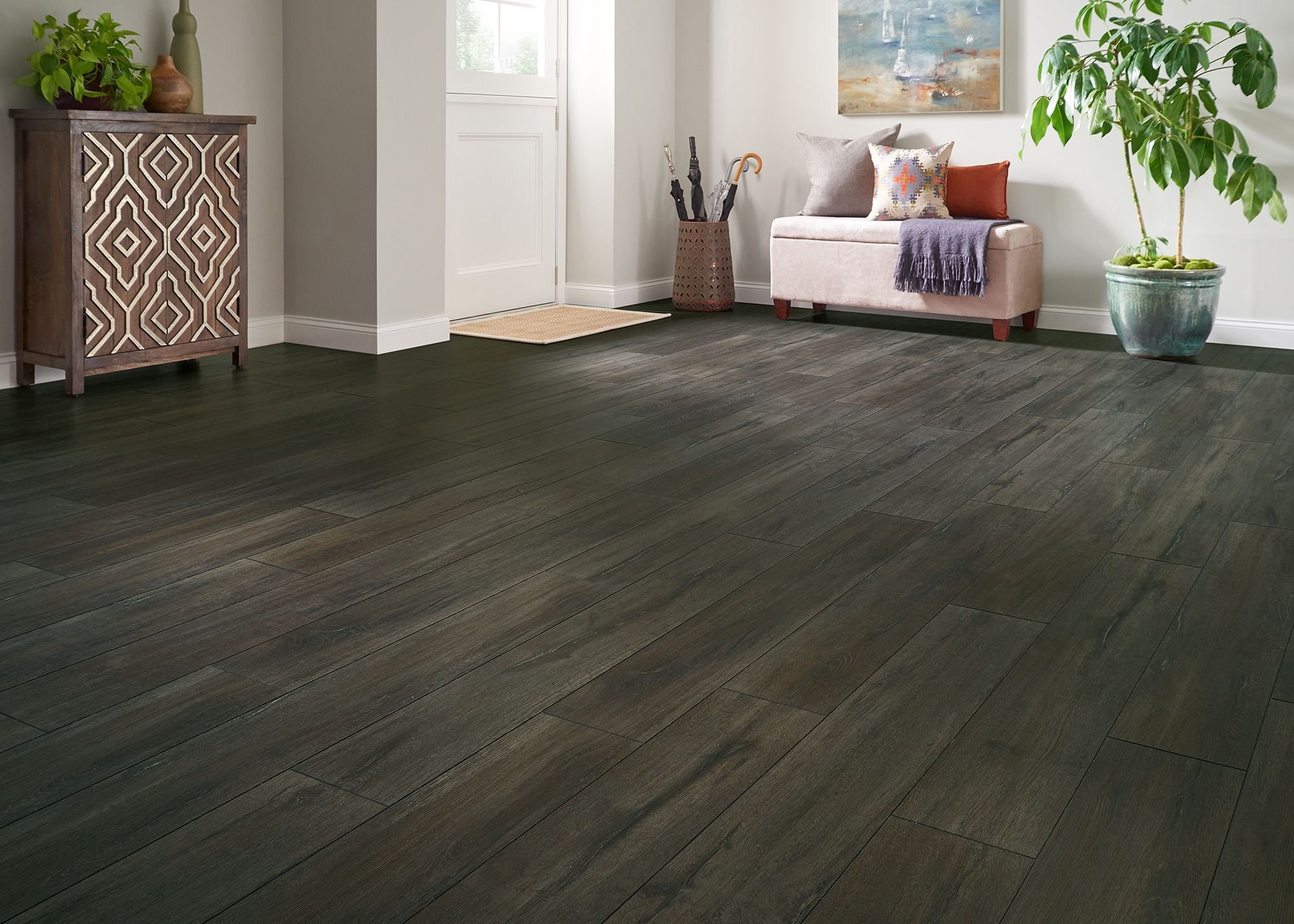 Authentic Hardwood Looks Easy Installation Durability Extra Water Protection That S Dream Home X2o Black Sands Oak Laminate