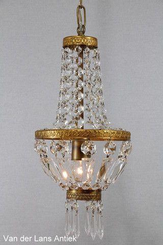 Kristallen kroonluchter 26178 bij Van der Lans Antiek. Meer kristallen lampen op www.lansantiek.com