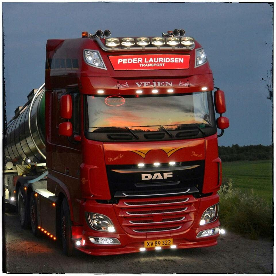 pin by john senji on daf trucks daf xf 95 105 106. Black Bedroom Furniture Sets. Home Design Ideas