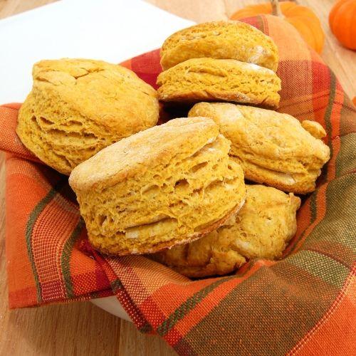 Sweet Pea's Kitchen » Spiced Pumpkin Buttermilk Biscuits