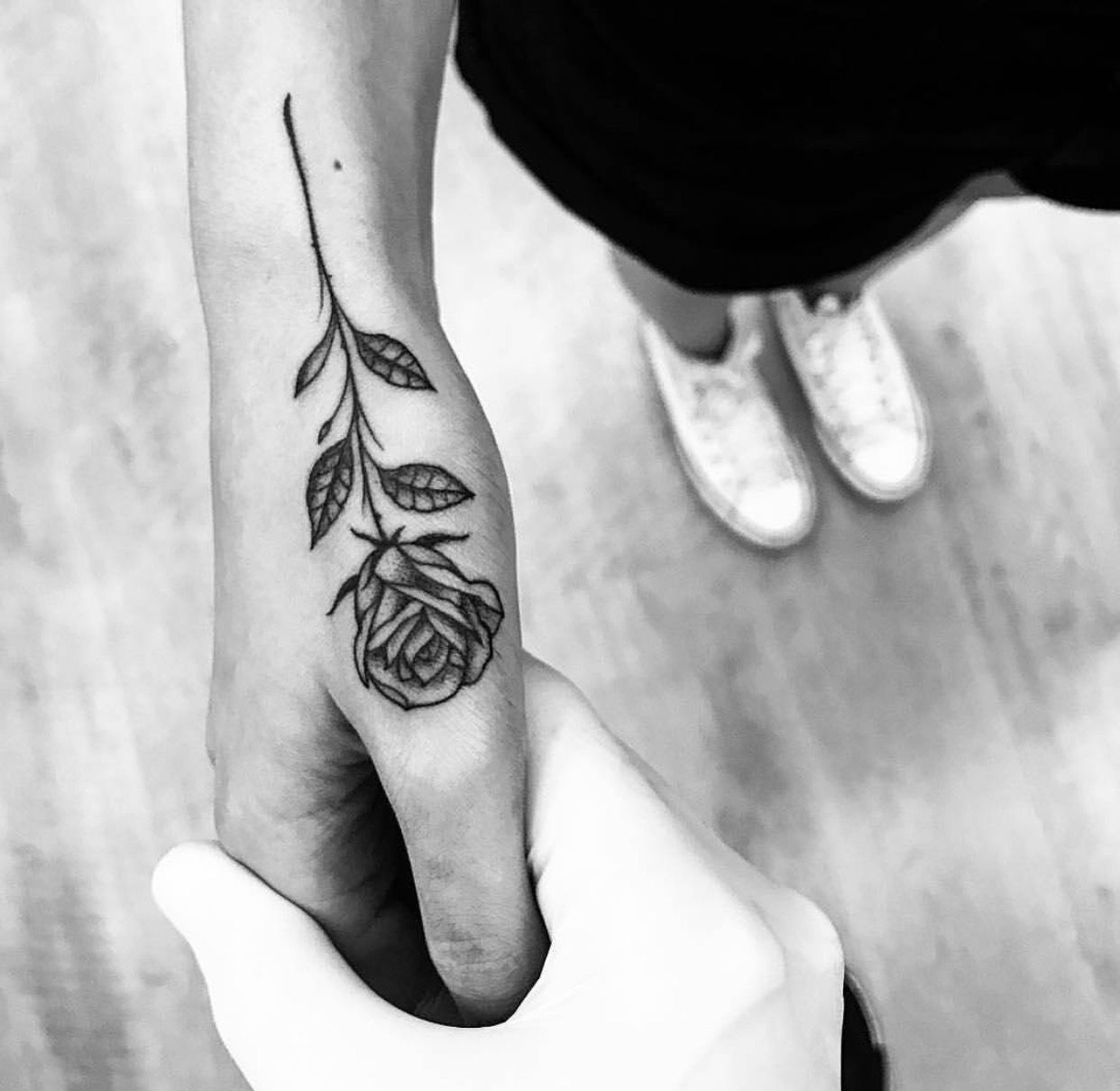 Pin by Emily Bond on Tattoos Hand tattoos, Tattoos for