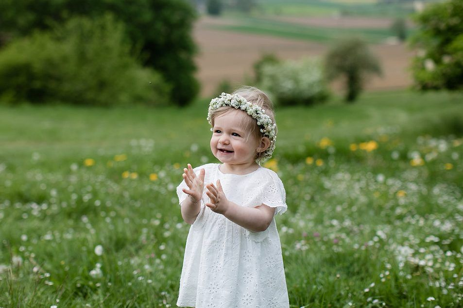 Mutter Tochter Fotos mit Blumenkranz   Blumenmädchen kleid