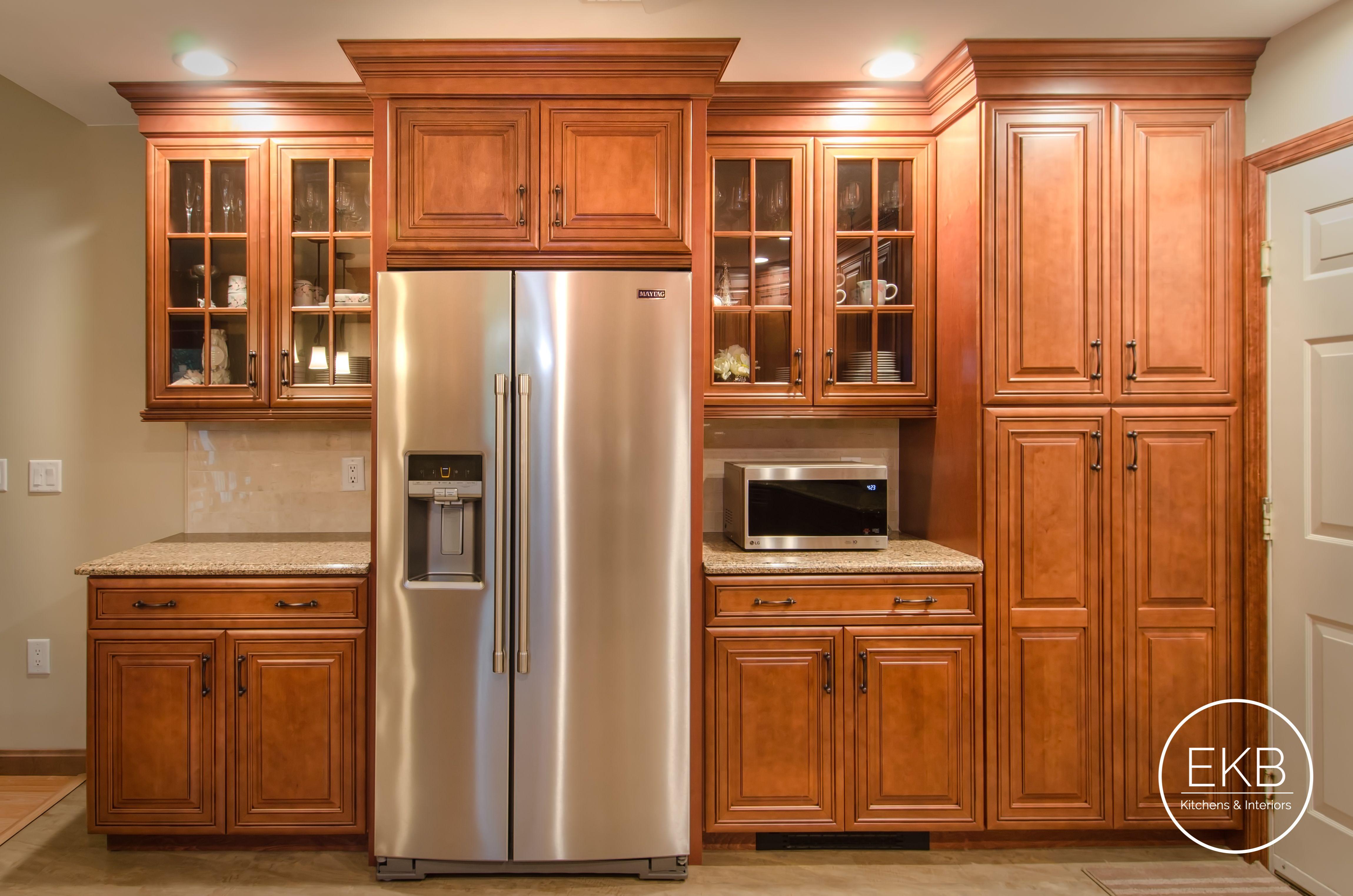 Waypoint Maple Cabinets In Auburn Glaze