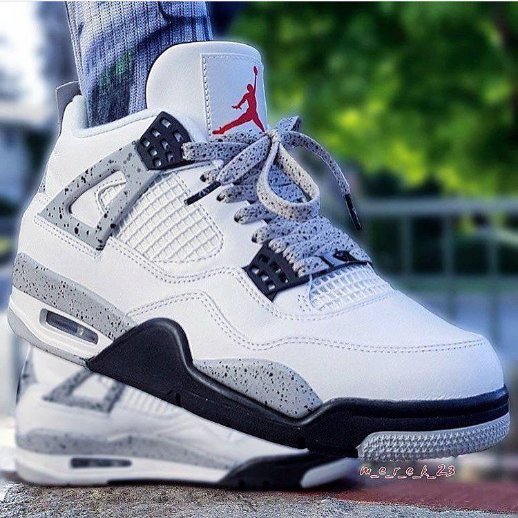 b2daa24a866 Nike Air Jordan 4
