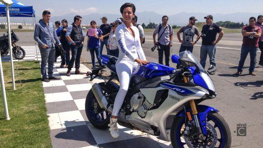 Presentación en México de la Yamaha R1