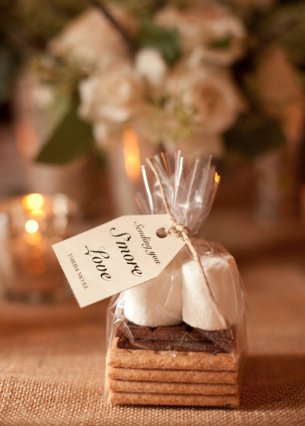 10 Winter Wedding Favor Ideas Smores Wedding Favors Winter