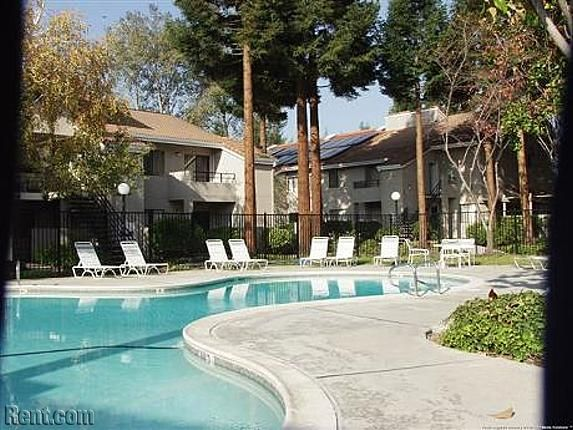 Willowbend Apartments Townhomes Aster Avenue Sunnyvale Ca Apartments For Rent Rent Com Sunnyvale Apartments For Rent Townhouse