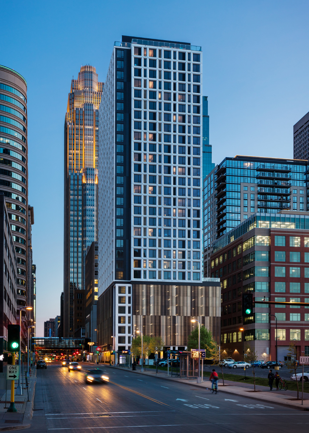 4marq Apartments Minneapolis Mn Urbanworks Architecture Apartments Exterior Apartment Architecture Architecture