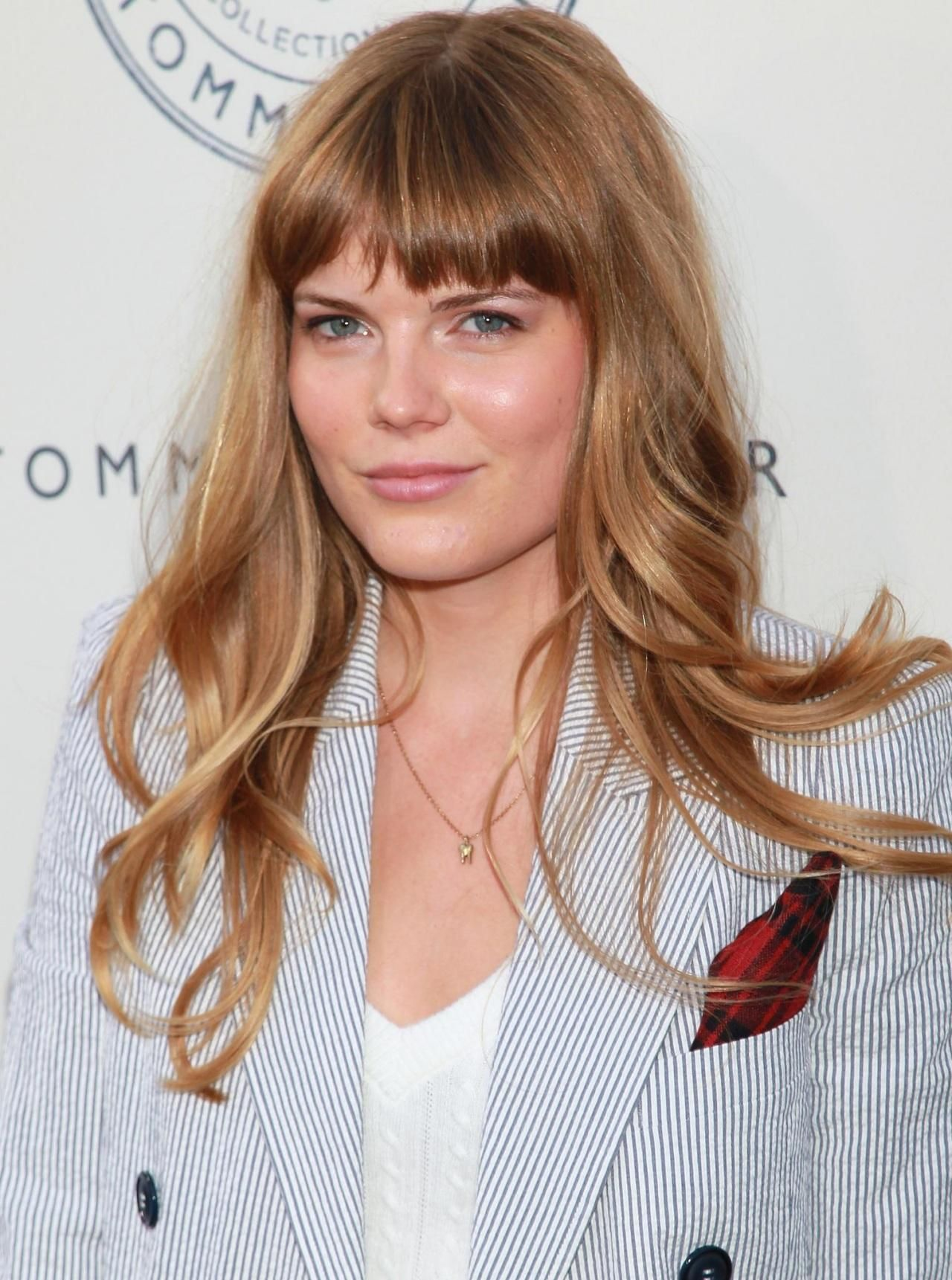 Emma Greenwell Booked Her First Role Of Mandy Milkovich On
