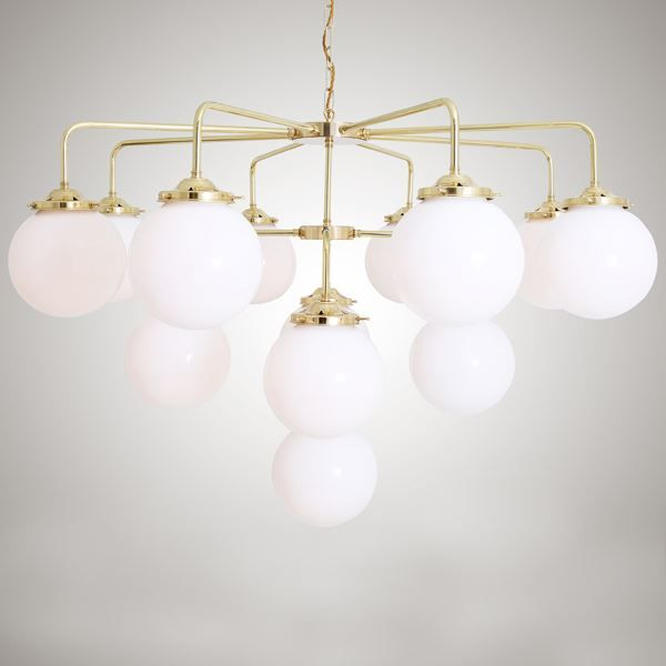 With a sophisticated design, the Rome Chandelier features contemporary design elements that give it a sense of modern elegance that is hard to match. A distinctive lighting fixture for the entryway or grand dining room to surprise your guests. #largechandelier #contemporarychandelier #globelighting #glasslighting #diningroomlight #kitchenlighting #ceilinglight