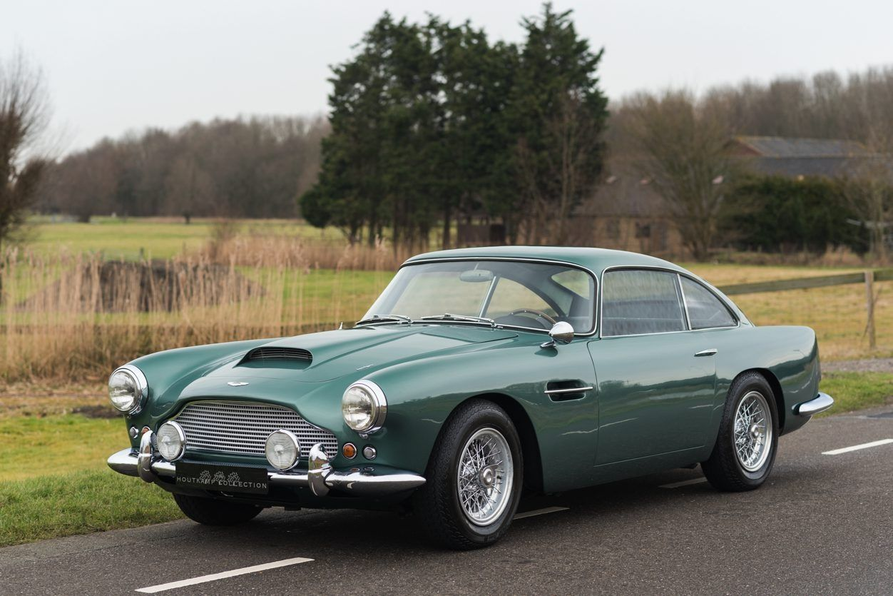 1959 Aston Martin Db4 Extremely Desirable 1st Series And Original Left Hand Drive Version Classic Driver Ma Aston Martin Db4 Aston Martin Cars Aston Martin