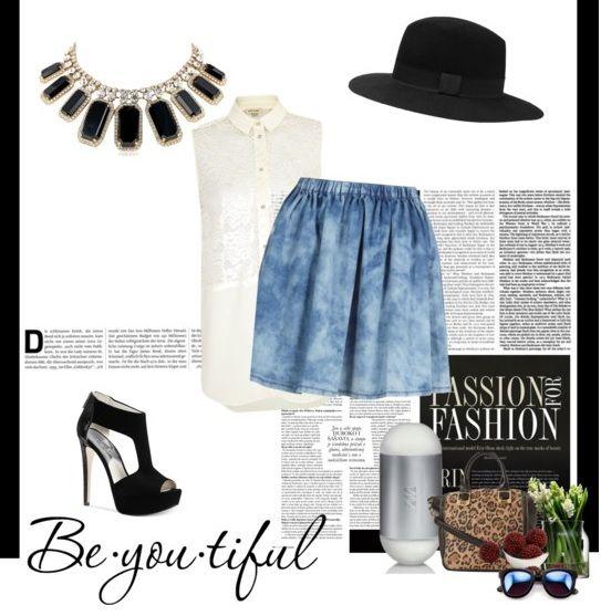 ¡El denim siempre será un toque de estilo en cualquier outfit! 1.- Perfume 212-Carolina Herrera http://fashion.linio.com.mx/a/212