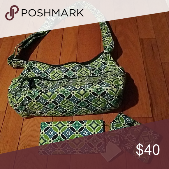 Vera Bradley Purse Matching Wallet And Checkbook Combo Used A Of Times In Excellent Condition Bags Shoulder