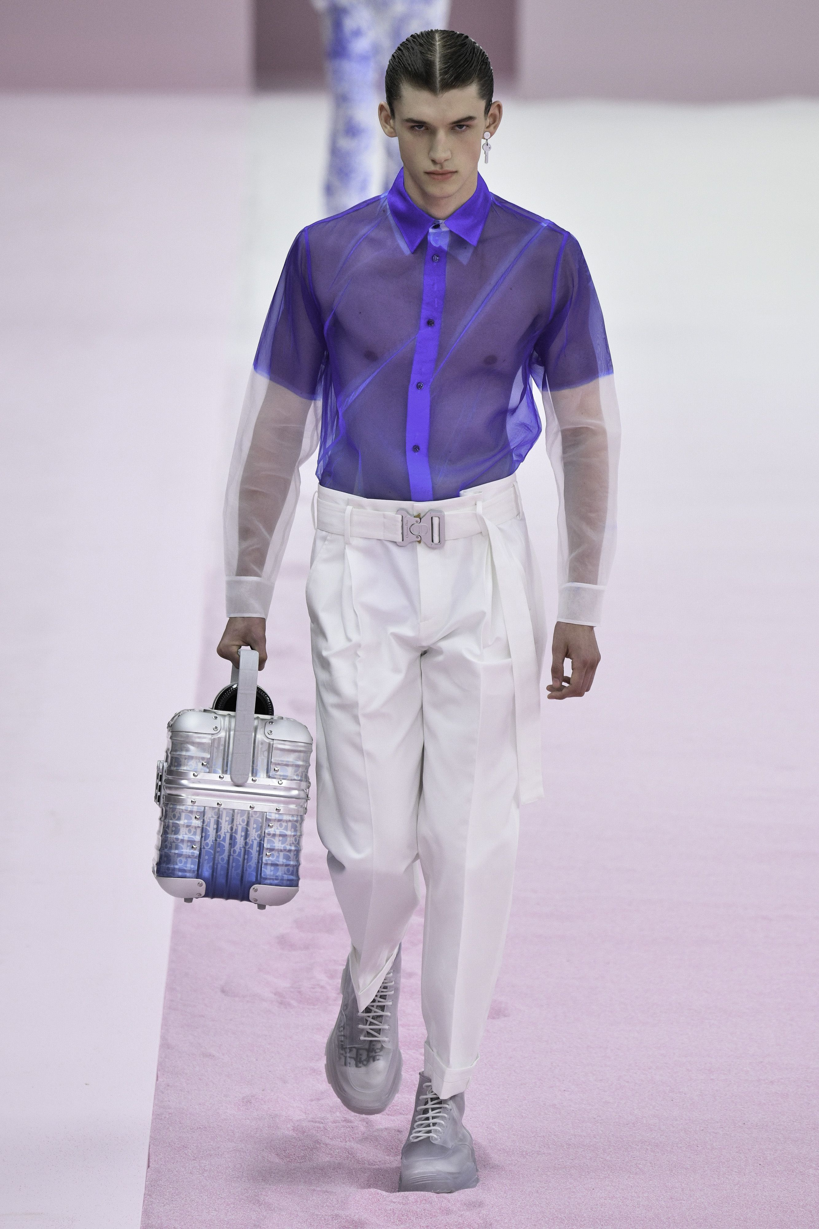 See Through Everything Pink For Miles Top Trends From All The Spring Summer 2020 Men S Fashion Weeks Cbc Life Mens Fashion Week Menswear Runway Mens Fashion Trends