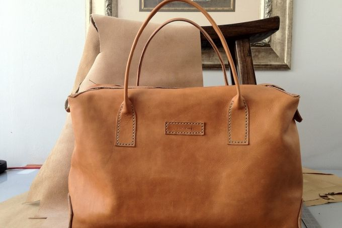 beautiful!!!  SBC Leather Deluxe Tote by Savior Brand Co