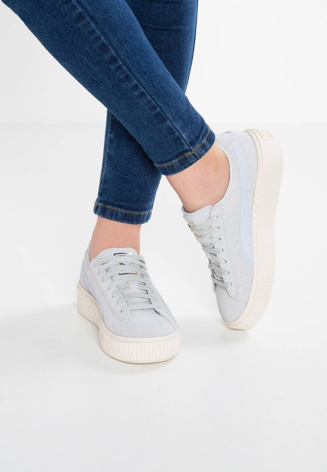 8c570f8016e Shoes · Clothes · Puma. SUEDE PLATFORM CORE - Baskets basses - halogen  blue whisper white.
