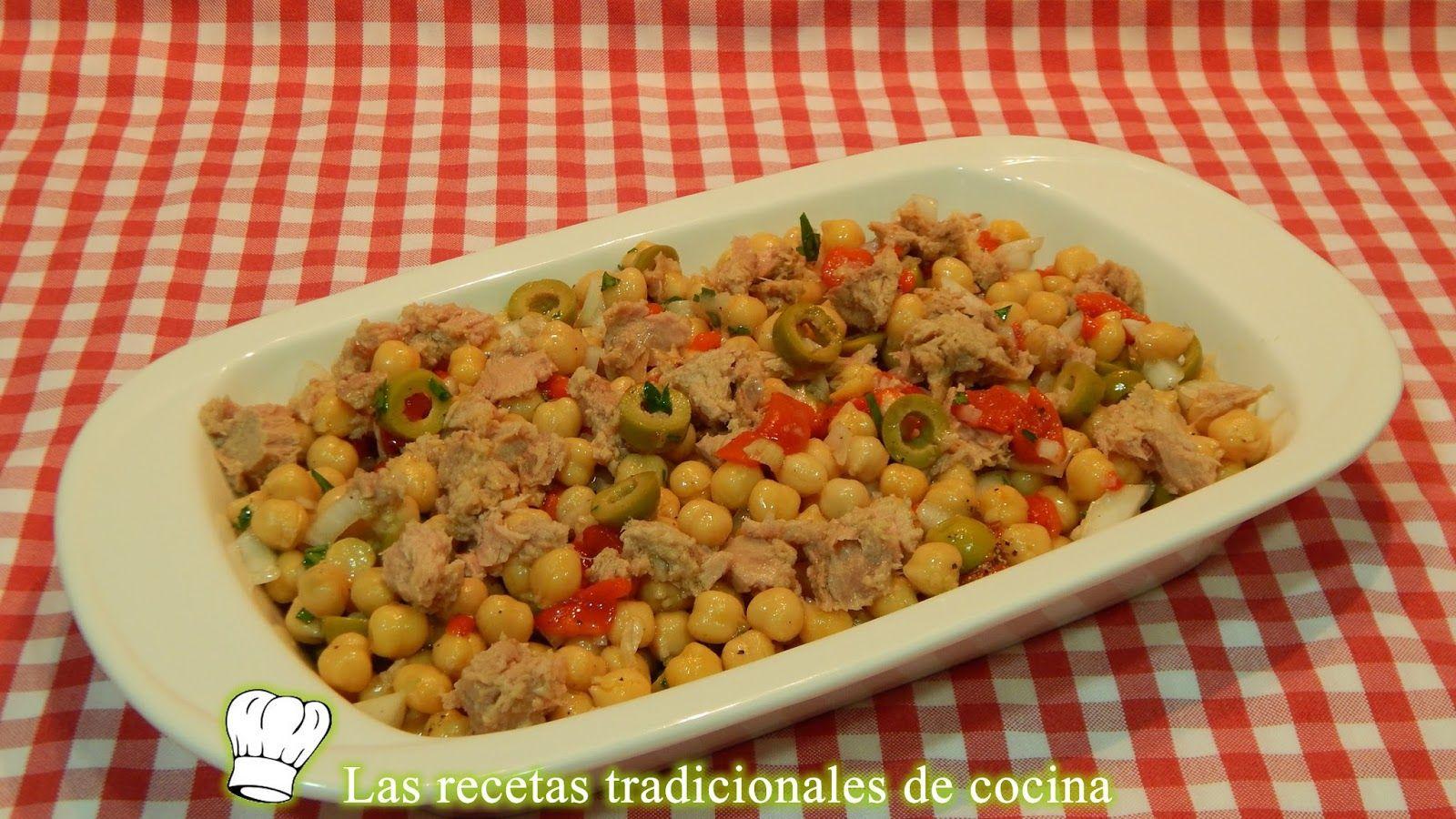 Ensalada de garbanzos con pimientos asados y atún - Recetas de cocina con sabor…