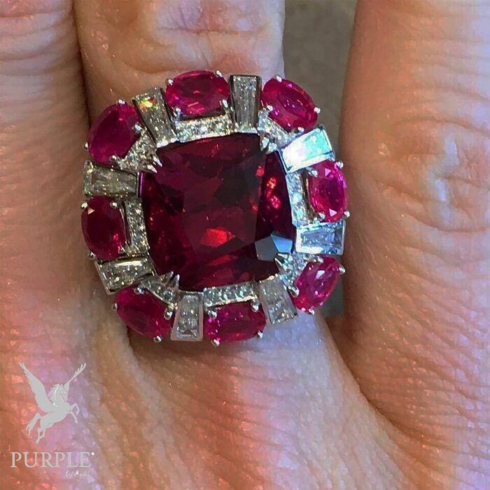 Be the center of attraction take a look at this Red Ruby Ring via @jewelsdujour #purplebyanki #diamonds #luxury #loveit #jewelry #jewelrygram #jewelrydesigner #love #jewelrydesign #finejewelry #luxurylifestyle #instagood #follow #instadaily #lovely #me #beautiful #loveofmylife #dubai #dubaifashion #dubailife #mydubai #Ring