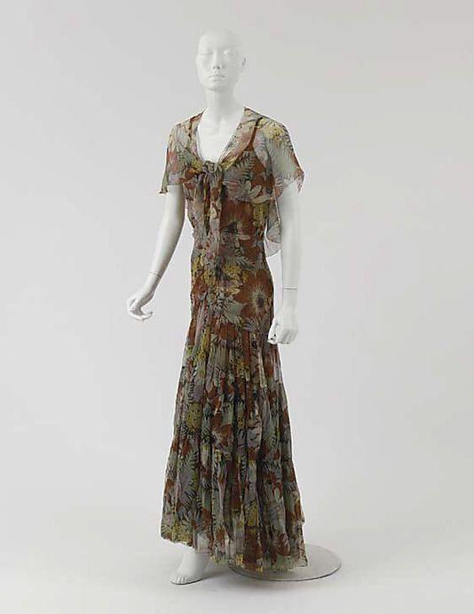 Ca 1929-30 - Chanel dress Met Museum | Classic Coco | Pinterest