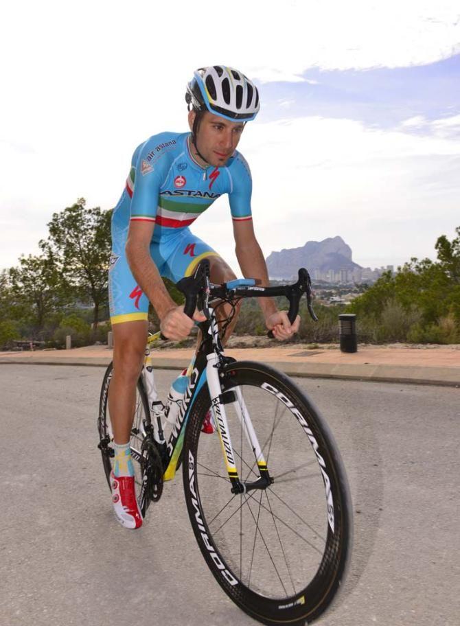 Vincenzo Nibali on his Specialized road bike Photo: © Bettini Photo