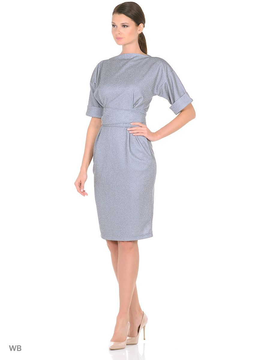 841f9a24872 Платье полуприталенного силуэта из плотной фактурной ткани ...
