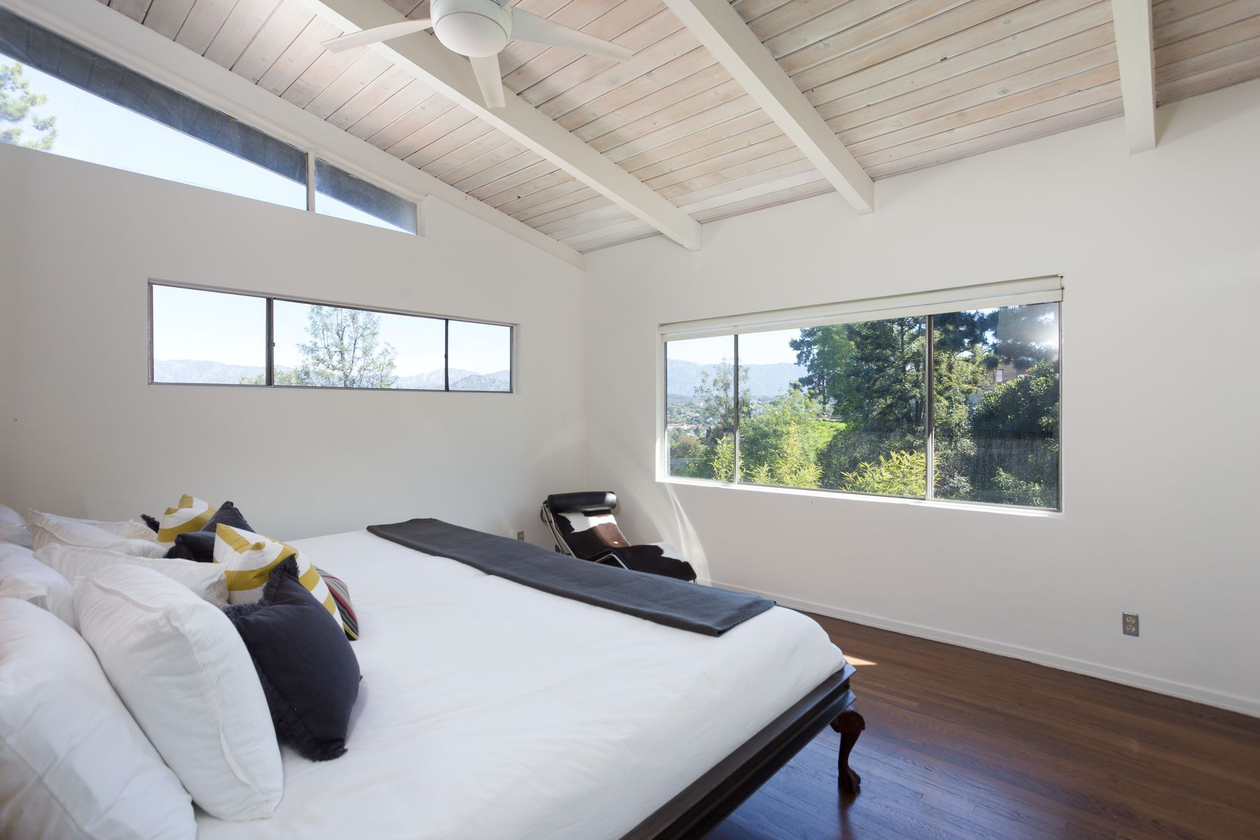 Midcentury modern house for sale in Mt. Washington for $1.1M - Curbed LA