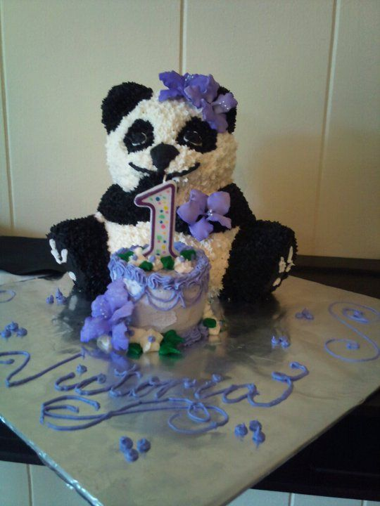 My daughter's First Birthday Cake