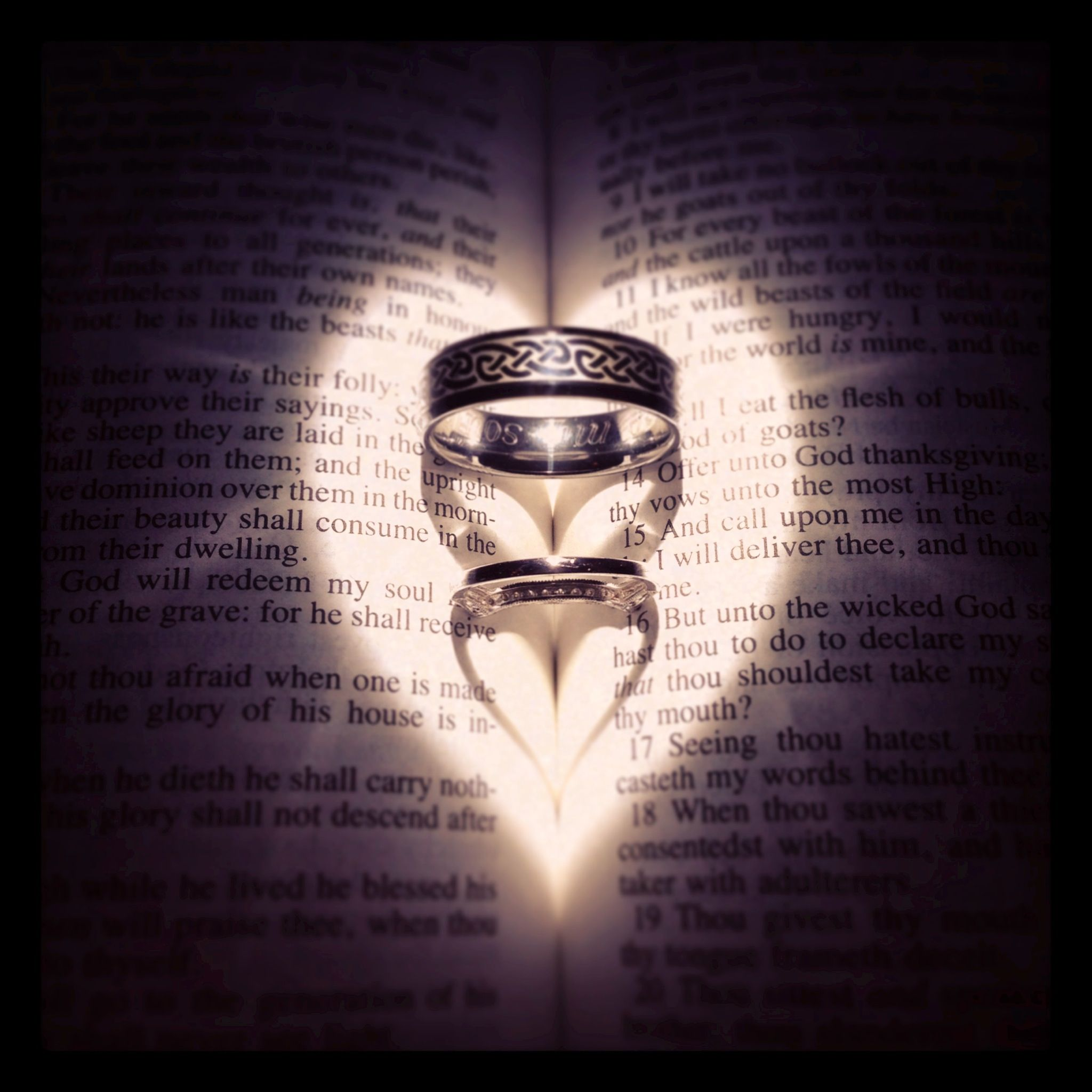 wedding rings in bible i used a flashlight for the light