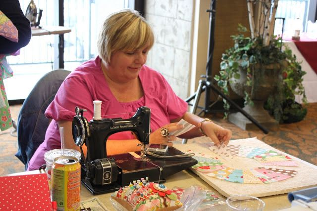 Diary of a Quilter - a quilt blog: Lori Holt - Quilter Extrordinaire