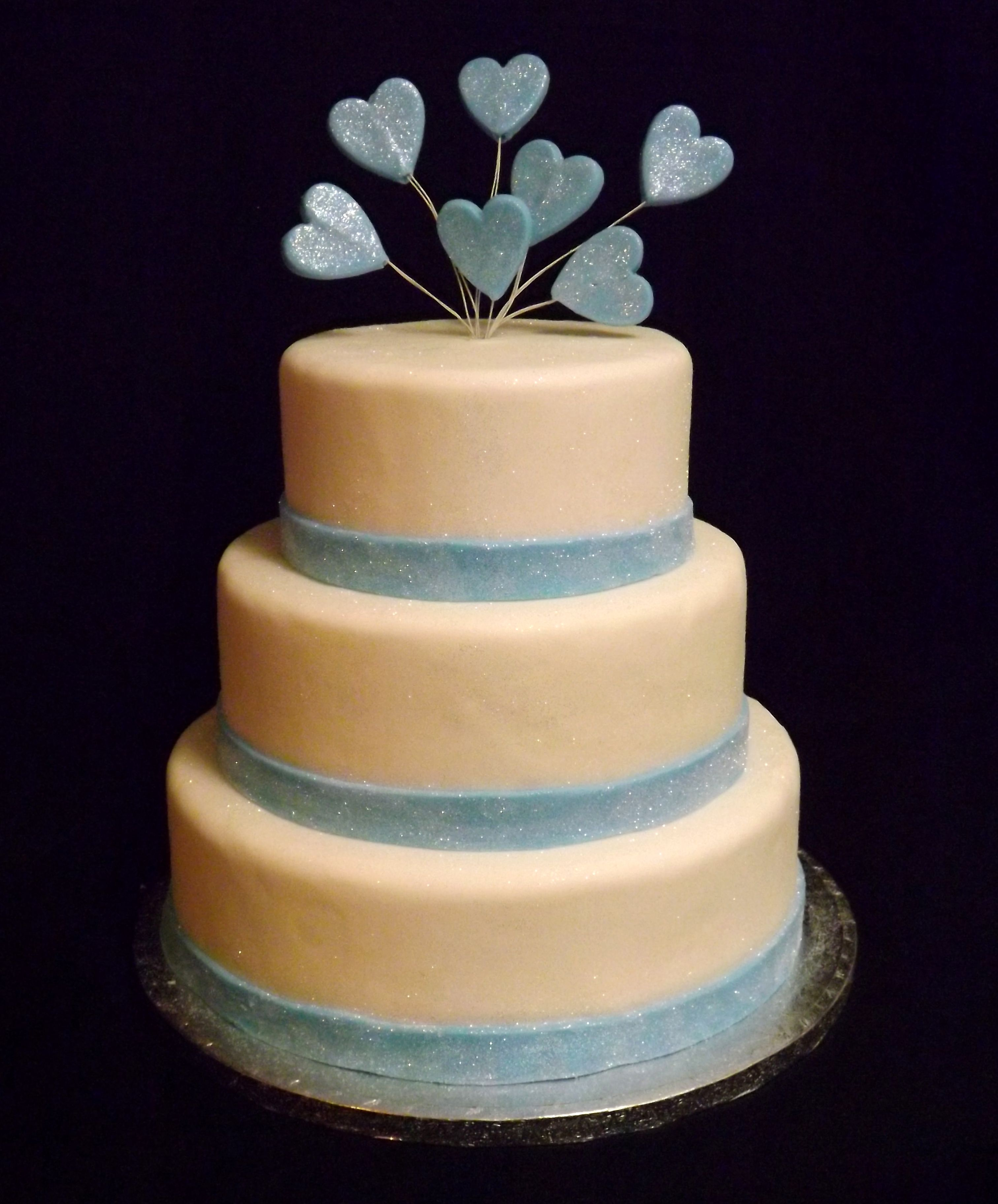 Simple White Wedding Theme: 3 Tier Simple White Wedding Cake With Glittered Baby Blue