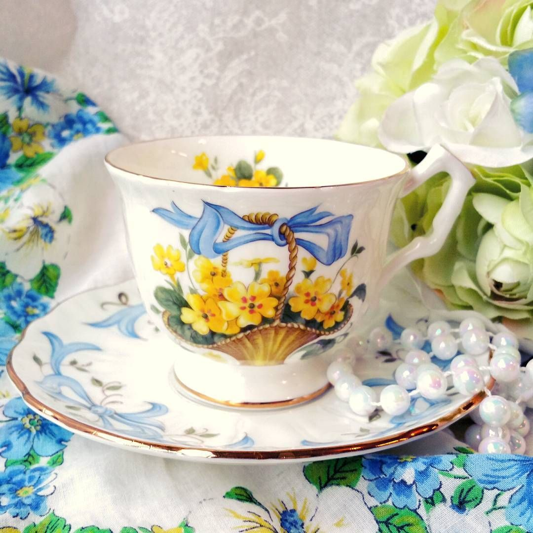 Ready for spring with Aynsley April Primrose.