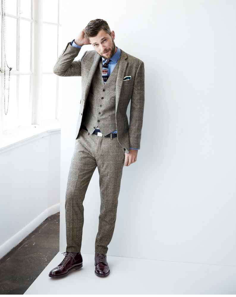 639b379f73f5b3 Light-colored wool & thin lapels are sophisticated and season-versatile.  This suit is J.Crew Ludlow.