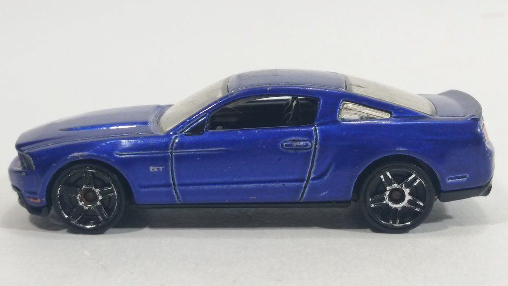 2009 hot wheels 2010 ford mustang gt blue dark purple die cast toy rh pinterest com