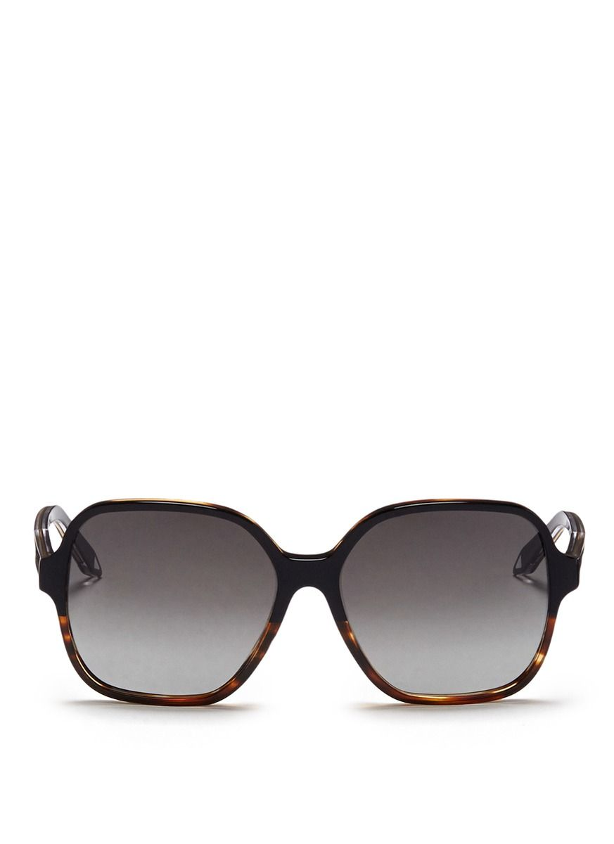 0e36a5b7c47 VICTORIA BECKHAM  Iconic Square  Tortoiseshell Acetate Oversize Sunglasses.   victoriabeckham  sunglasses