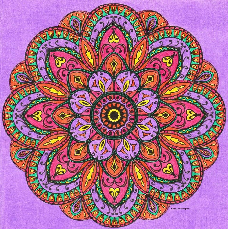 auteur jj b dit coloriage 360 mandala automnal source revue mandalas xxl n 3. Black Bedroom Furniture Sets. Home Design Ideas