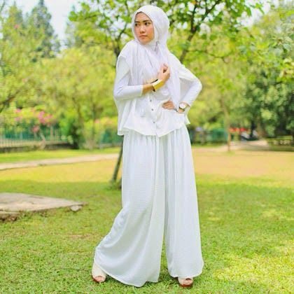 Model Baju Muslim Putih Muslimah Fashion Hijab Style