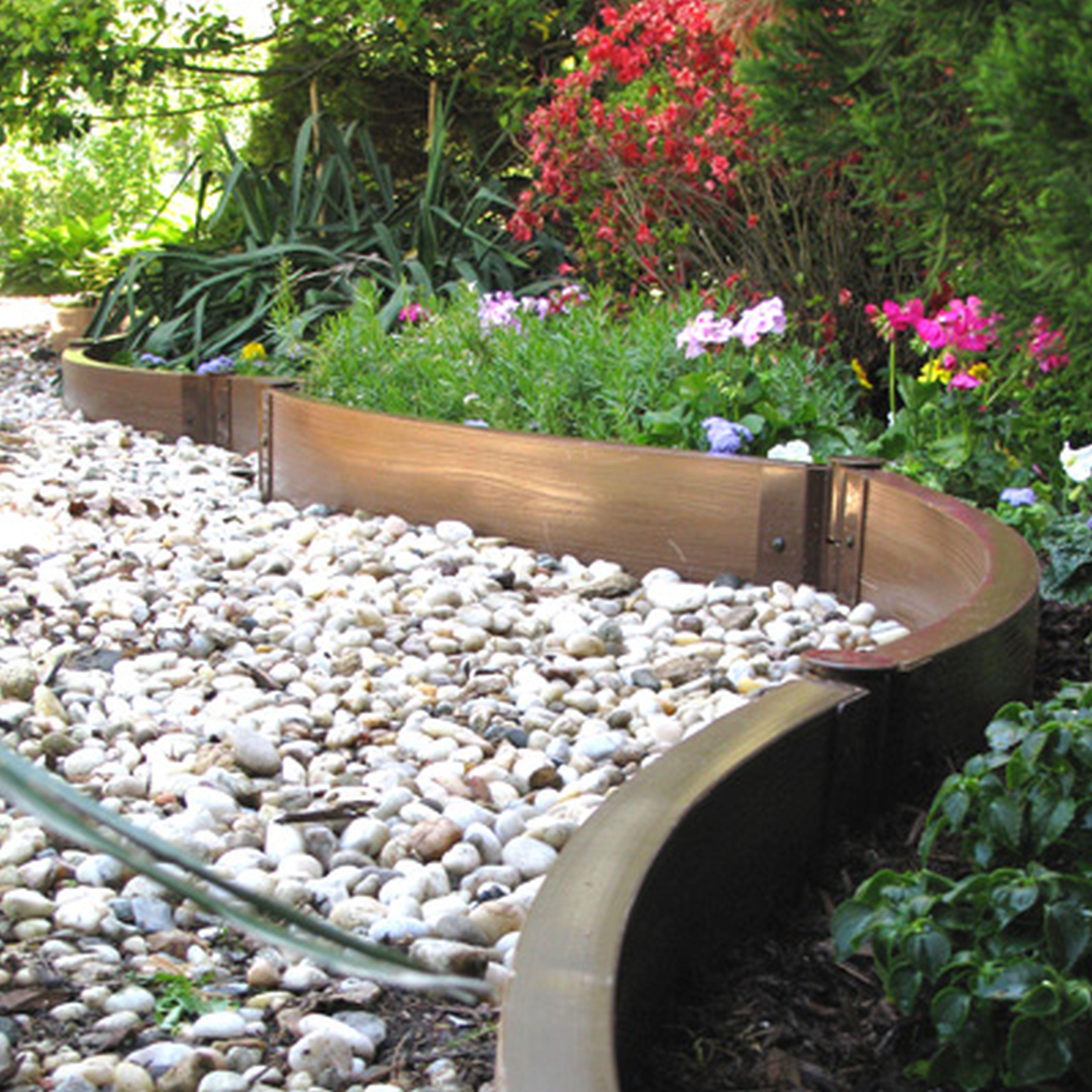 10 Genius Initiatives of How to Upgrade Garden Edging