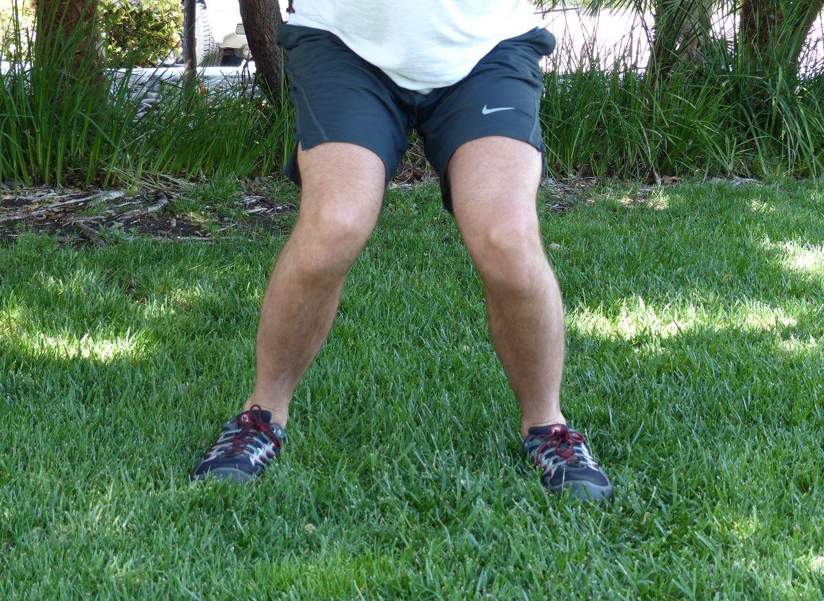 Fixing knee valgus collapse during squats squats