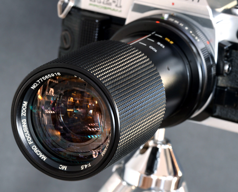Canon Fd 70 210 F 4 5 Mc Macro 1 4 Telephoto Zoom Lens By Etsy Zoom Lens Telephoto Zoom Lens Photography Gear