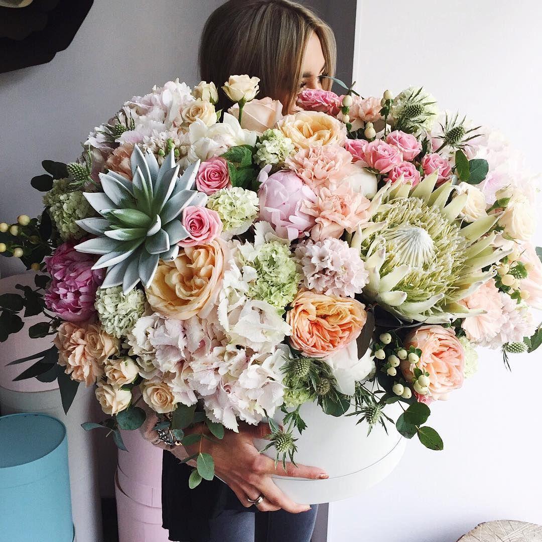 8 Likes 1 Comments Flor De Passion Flordepassion On Instagram Dk Flowers House Samye Krasivye Bukety Buket Cvetochnye Bukety Cvetochnye Kompozicii