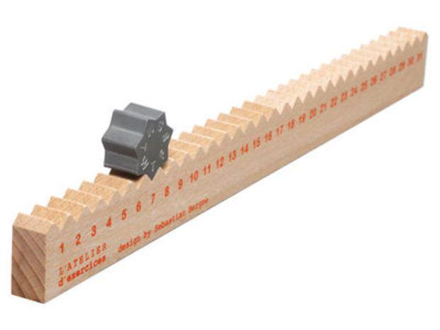 Règle du temps Calendar - Perpetual calendar & ruler Ligt wood by L'atelier d'exercices