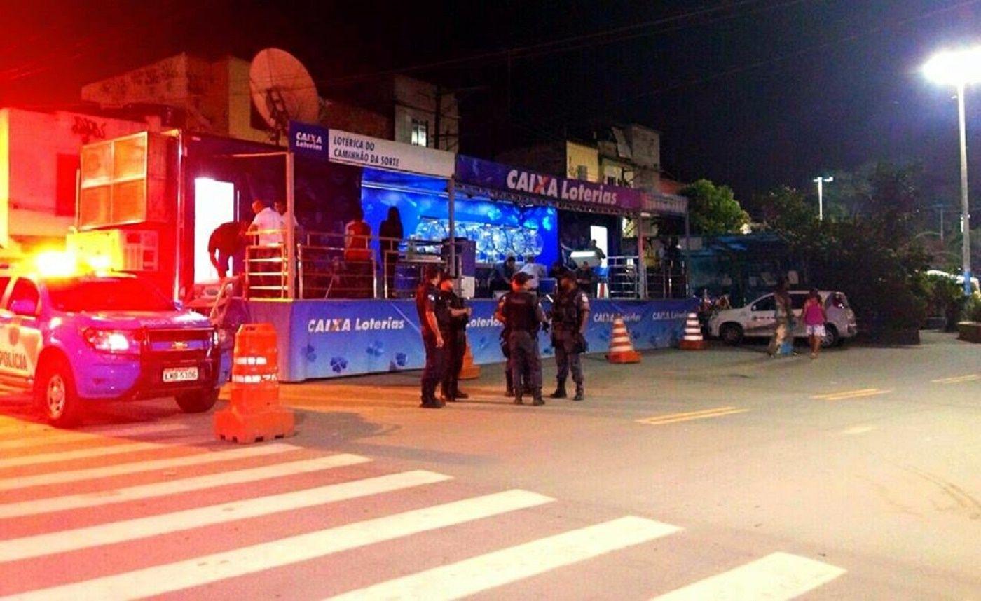 PMERJ Polícia Militar do Estado do Rio de Janeiro (24º BPM) - Japeri    https://www.facebook.com/pmerjoficial/photos/a.898654460156113.1073741828.898099446878281/945954195426139/?type=1&theater