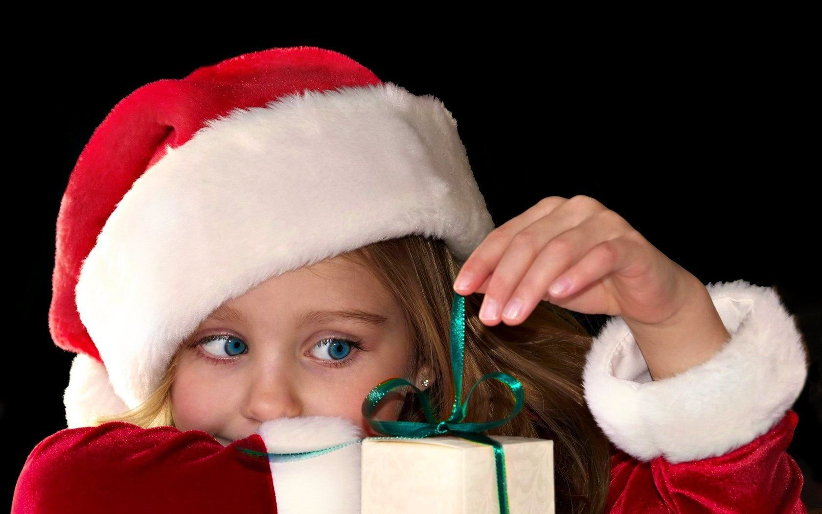 Christmas Wallpapers For Kids Wishespoint