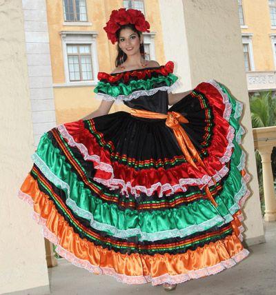 a4384478c1 Los trajes típicos de Honduras Traje típico de Copán Confeccionado en telas  brillantes de diferente color y trencillas de colores fuertes y variados.
