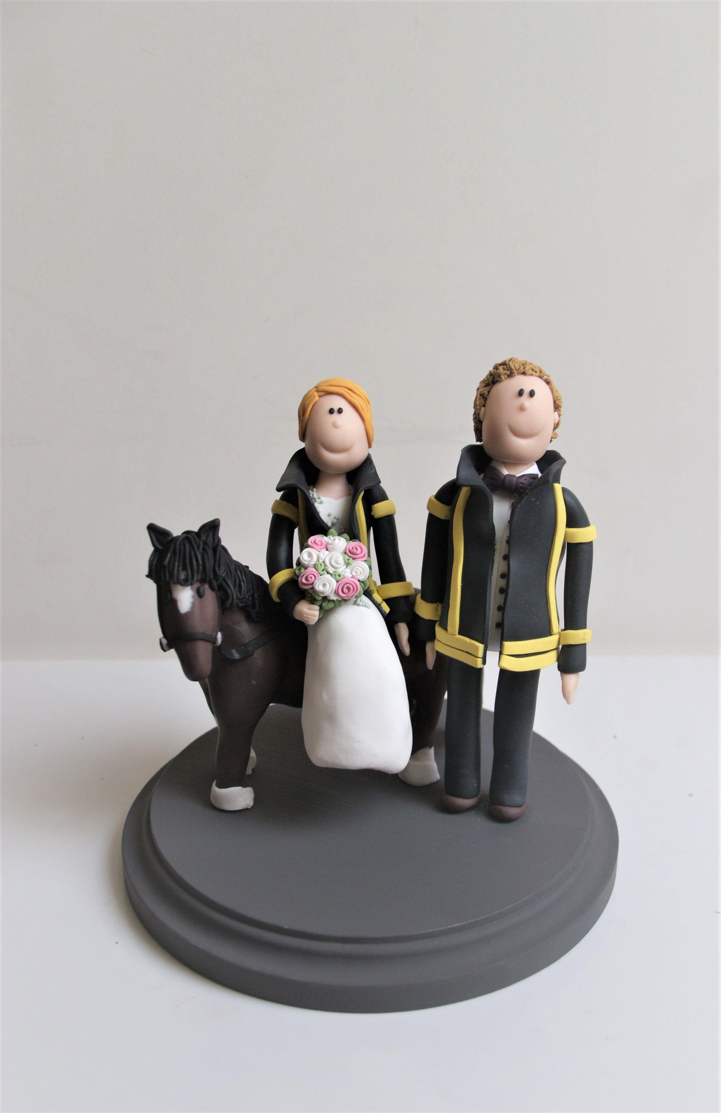 Personalisierte Tortenfigur Fur Die Hochzeitstorte Hochzeitstorte Brautpaar Tortenfiguren Hochzeit Hochzeitstortenfiguren