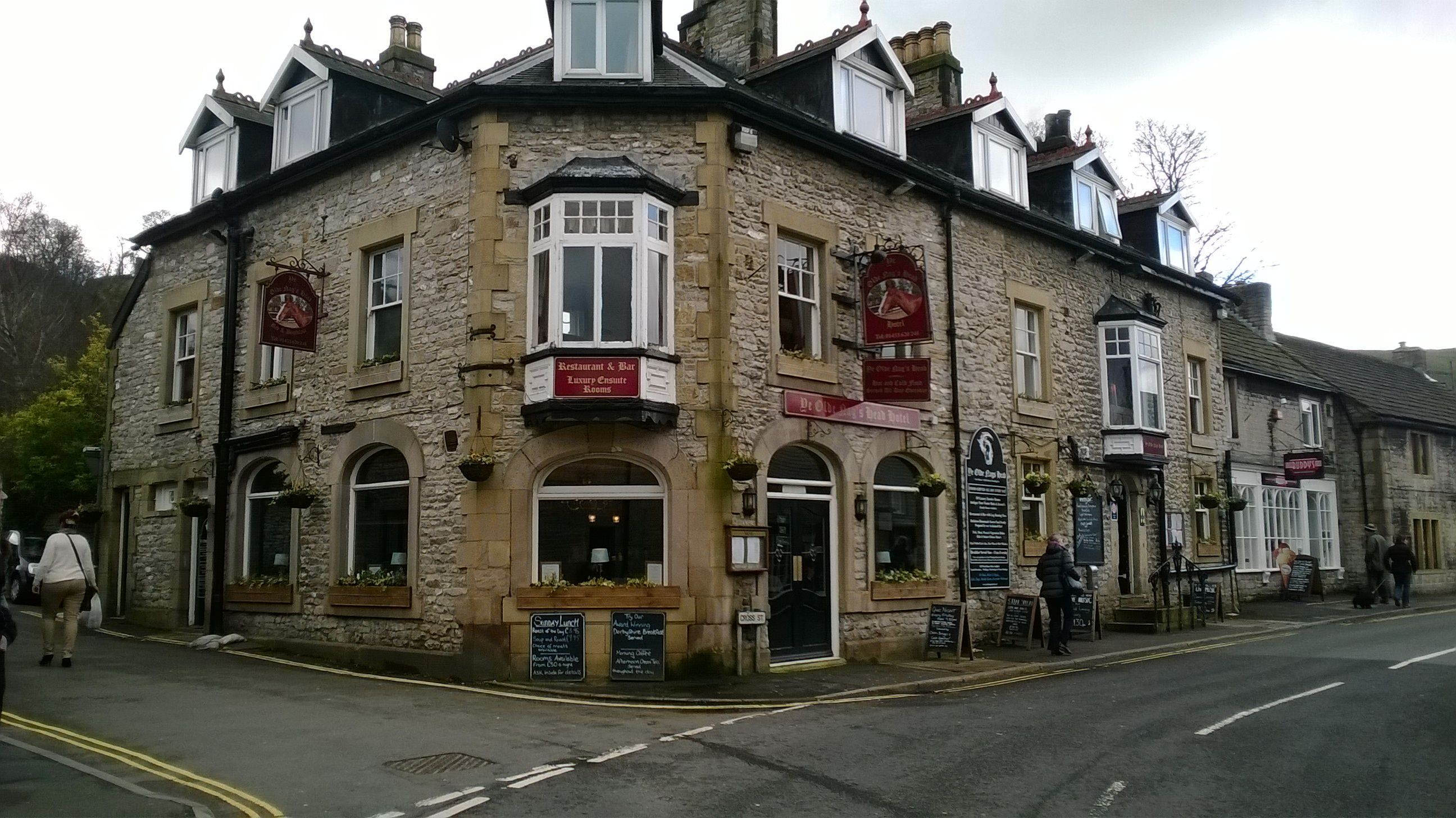 Ye Olde Nags Head Castleton Pubs And Restaurants Nags
